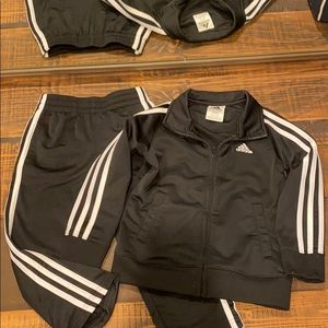 4T Adidas Set BARELY WORN